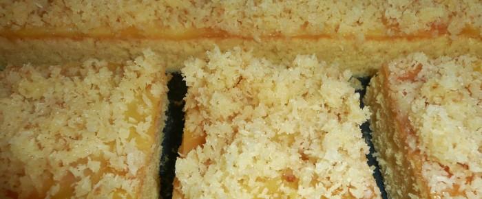 Tassenkuchen mit Kokosraspel
